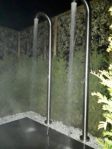 Douchen onder de sterrenhemel